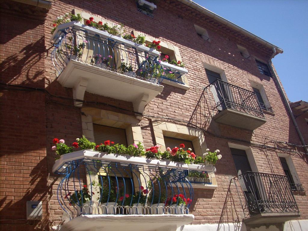 Azofra /virágos balkon /