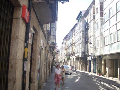 Burgos/többfunkciós csatorna vizet vezet el,és jelez/