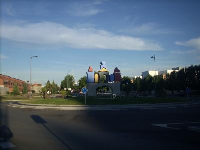 Burgosbol kifelé, külvárosi kőrforgalom Burgost ábrázolja