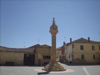 Boadilla Del Camino/főtéri emlékmű/