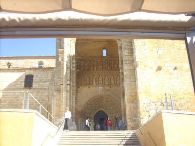 Villlalcazar De Sirga/Santa Maria la Blanca templom főbejárata/