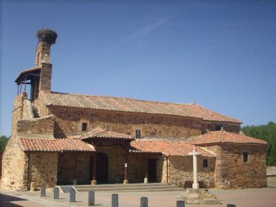 Rechivaldo/középkori templom/